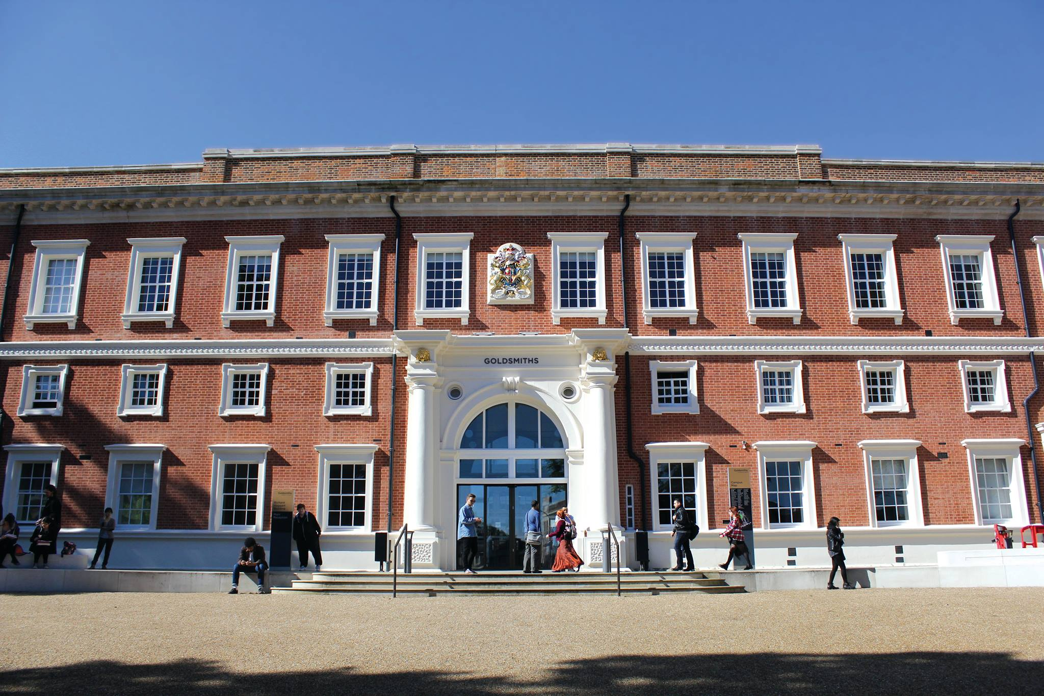 london school of science and technology reviews